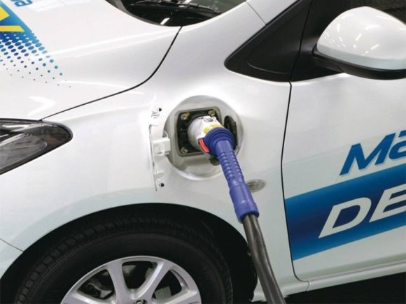 Leasingprogramm für Mazda2 EV in Japan