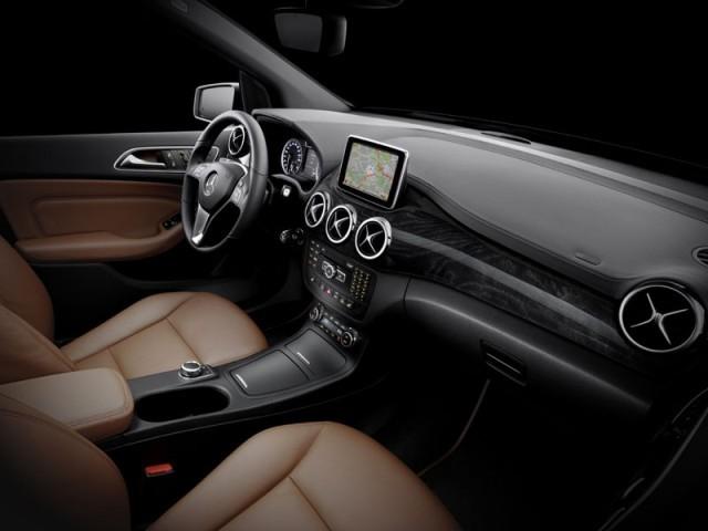 Mercedes S Klasse Pullman 2015 von hinten