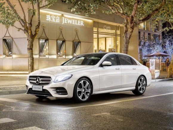Für China: Langversion der Mercedes E-Klasse