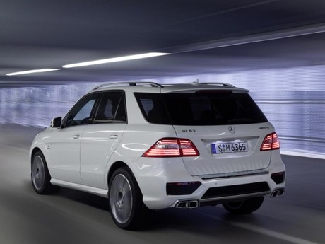 Neu mercedes ml 63 amg 007
