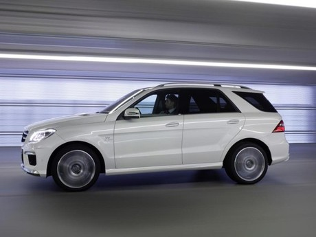 Neu mercedes ml 63 amg 008