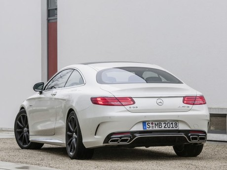 Premiere new york mercedes s63 amg coupe 002