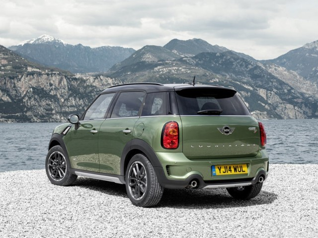 Facelift fuer mini countryman 002