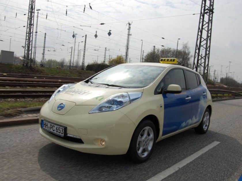 Nissan leaf taxis erobern staedte europa 001