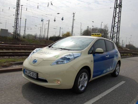 Nissan Leaf Taxis erobern Städte in Europa