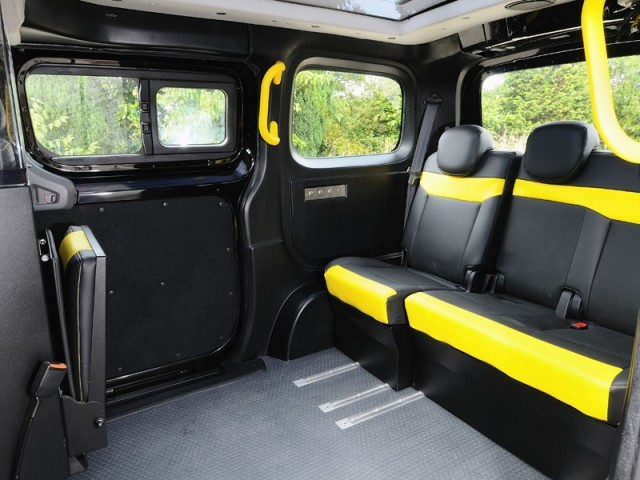 Nissan nv200 auch als taxi fuer london 002