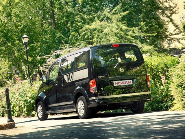 Nissan nv200 auch als taxi fuer london 003
