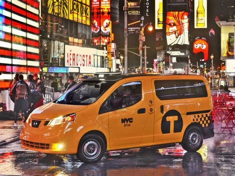 New york 2012 premiere nissan nv200 taxi 007