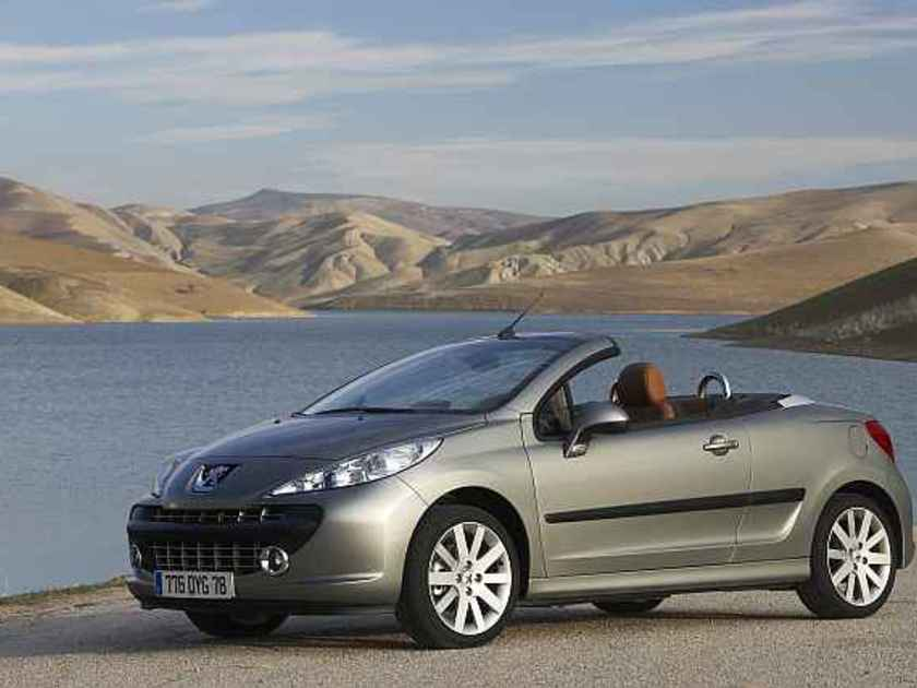 peugeot 207 cc meist verkauftes cabrio in sterreich. Black Bedroom Furniture Sets. Home Design Ideas