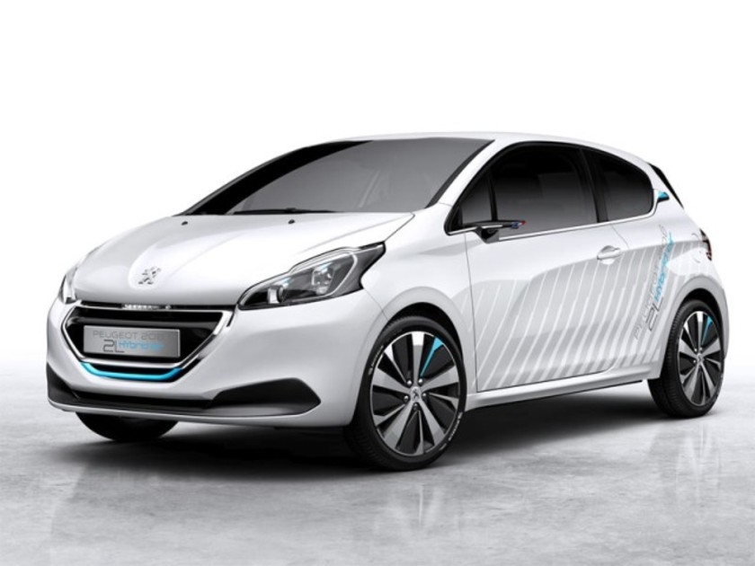 Peugeot zeigt 208 hybrid air 2l paris 001