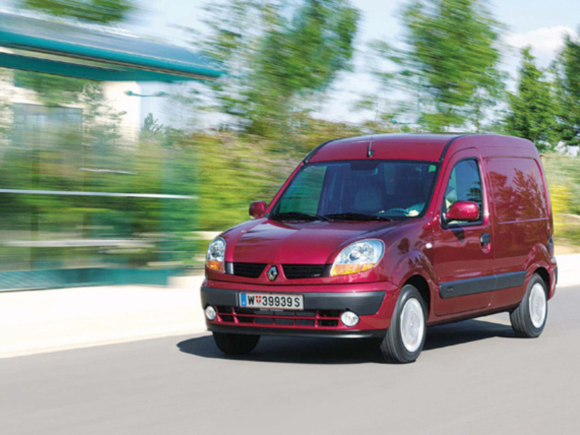 renault kangoo express mit benzin erdgas betrieb auto. Black Bedroom Furniture Sets. Home Design Ideas