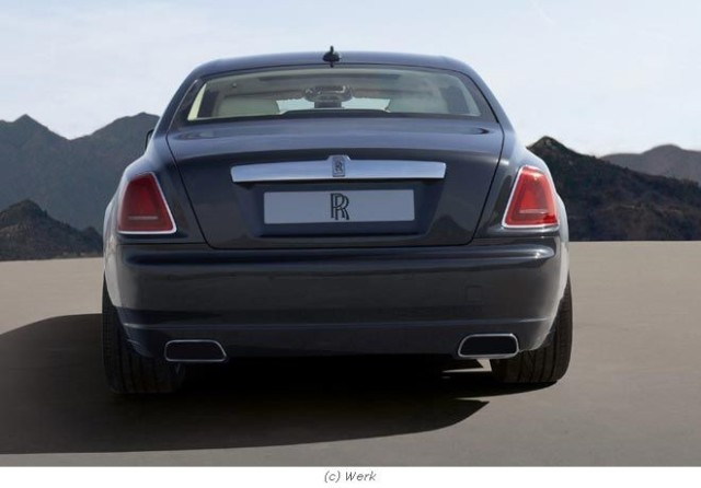 Rolls royce ghost fb