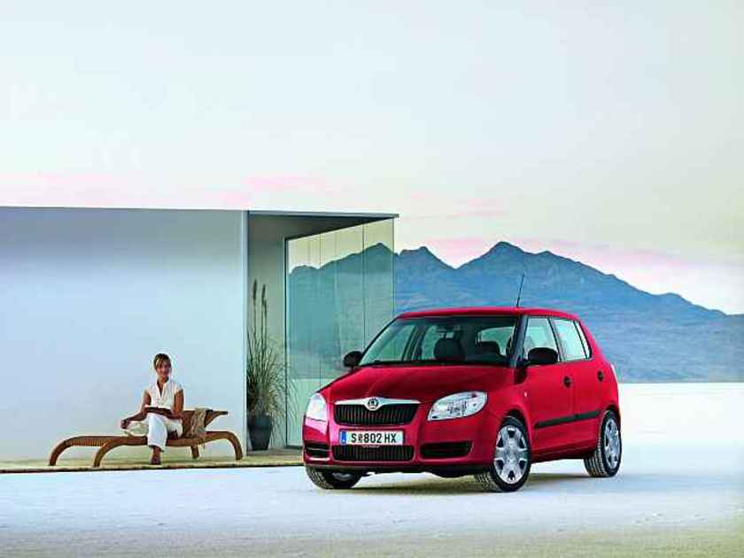skoda clever sondermodelle bei fabia und roomster auto. Black Bedroom Furniture Sets. Home Design Ideas