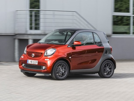 Smart zeigte neue brabus tailer made version paris 003