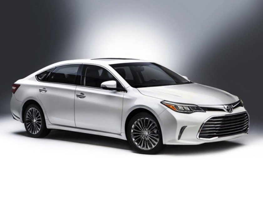 Facelift fuer toyota avalon 001