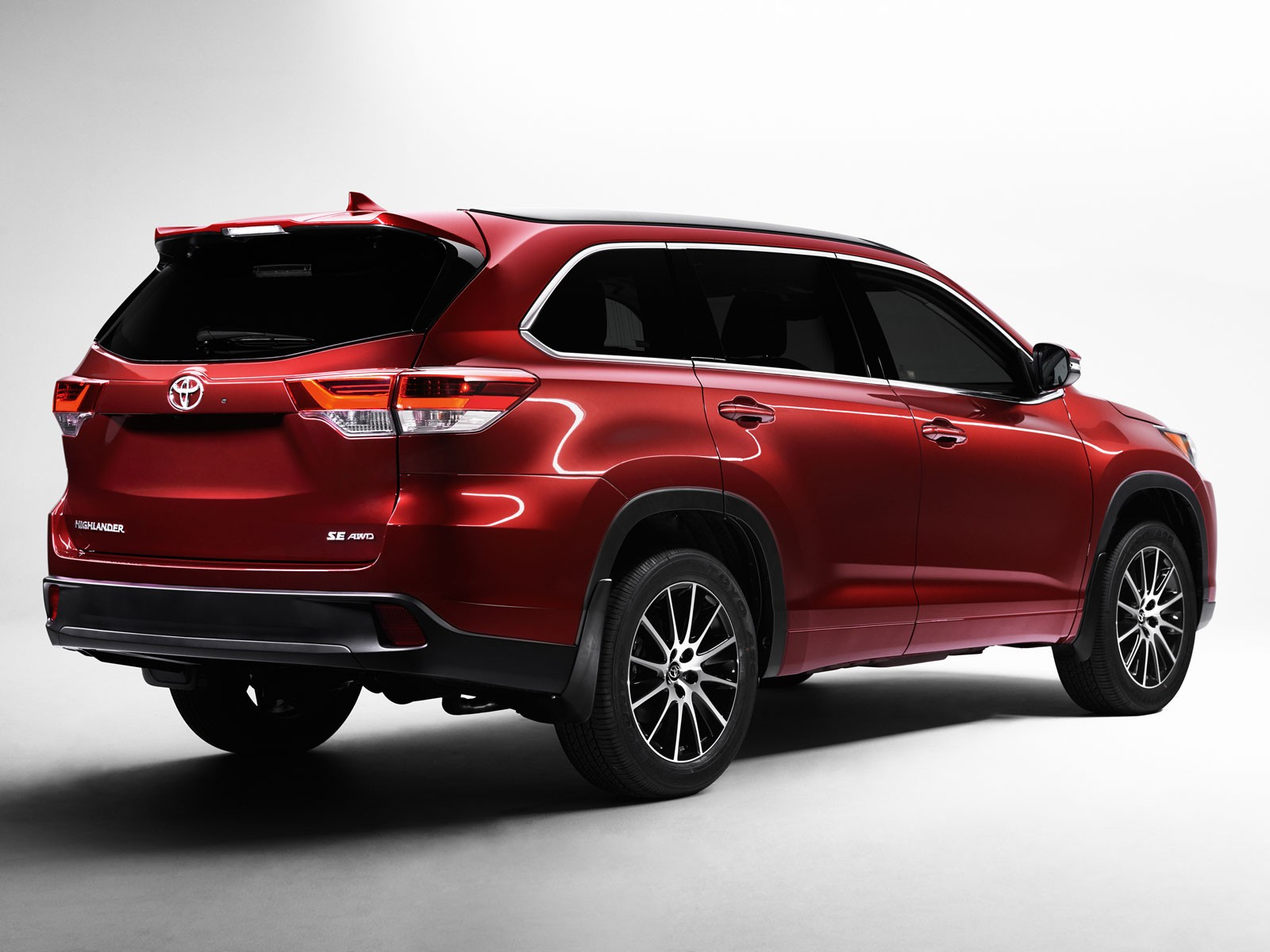 Toyota Highlander im neuen Modelljahr ::: automotor.at :::