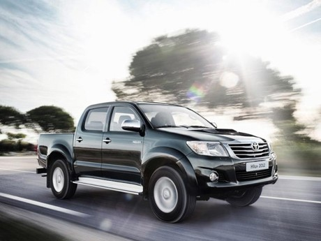 Facelift fuer toyota hilux 004