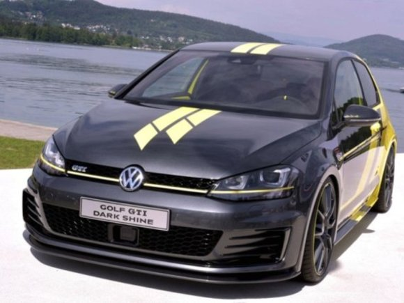 VW Golf GTI Dark Shine