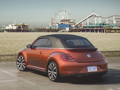 Vw zeigt vier beetle concept cars new york 003