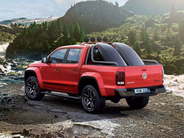 Genf 2012 vw cross coupe amarok canyon 005
