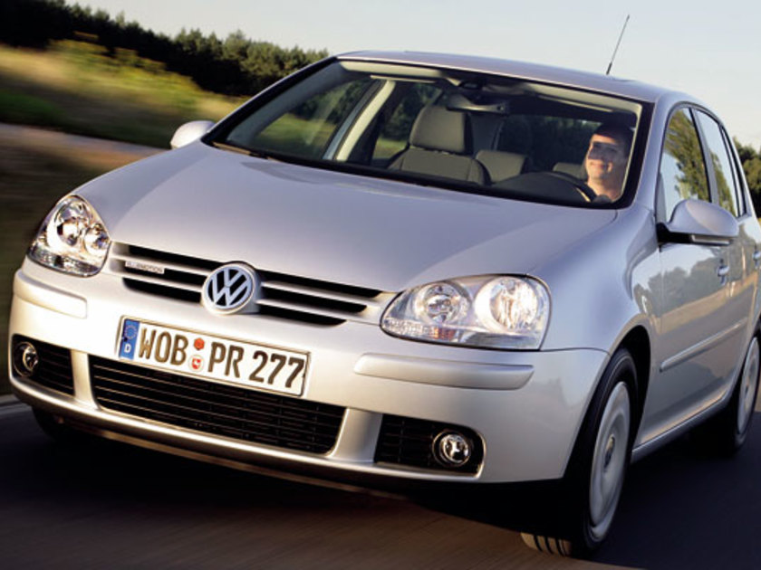 Golf bluemotion front