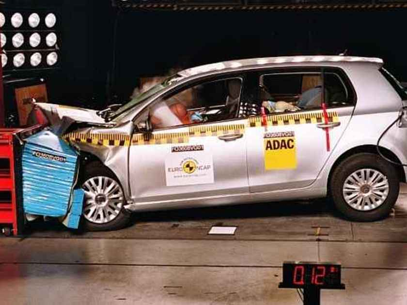 Vw golf crashtest