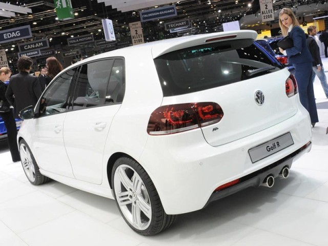 Genf 2011: VW Golf R in vier exklusiven Designs