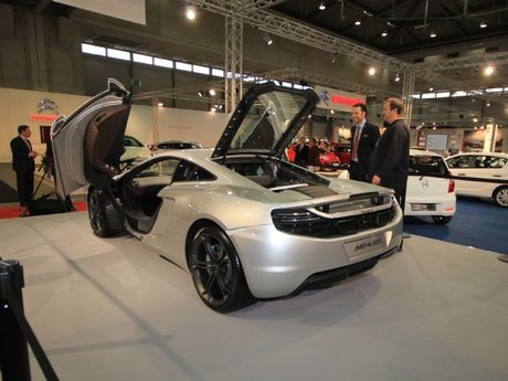 McLarne MP4-12c