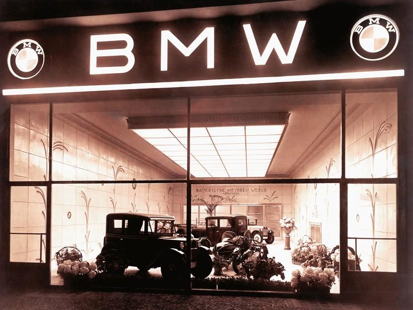 Gratulation Bmw Feiert 100 Geburtstag Auto Motor At