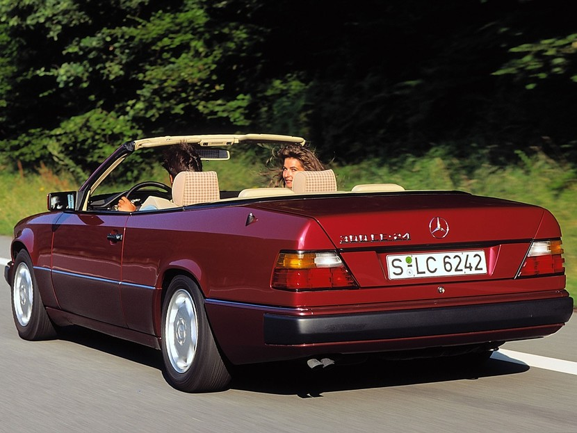 25 jahre mercedes e klasse cabrio auto. Black Bedroom Furniture Sets. Home Design Ideas