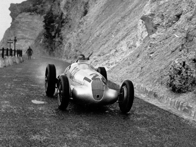 Mercedes grossglockner grand prix 2012 002