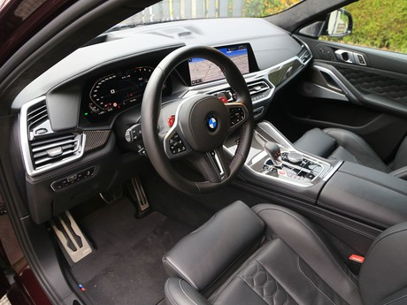 BMW X6 M Competition Innenraum