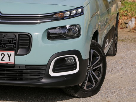 Citroen berlingo shine bluehdi 130 testbericht 023