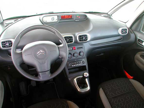 Citroen c3 picasso test cockpit