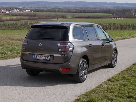 Citroen grand c4 picasso bluehdi 150 eat6 exclusive testbericht 002