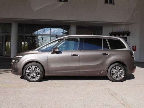 Citroen grand c4 picasso bluehdi 150 eat6 exclusive testbericht 003