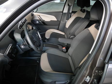 Citroen grand c4 picasso bluehdi 150 eat6 exclusive testbericht 005