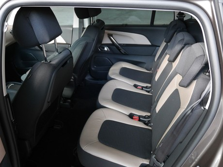 Citroen grand c4 picasso bluehdi 150 eat6 exclusive testbericht 006