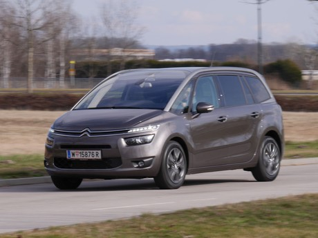 Citroen grand c4 picasso bluehdi 150 eat6 exclusive testbericht 010