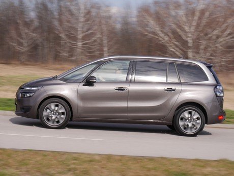 Citroen grand c4 picasso bluehdi 150 eat6 exclusive testbericht 011