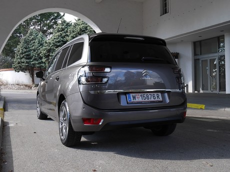 Citroen grand c4 picasso bluehdi 150 eat6 exclusive testbericht 012