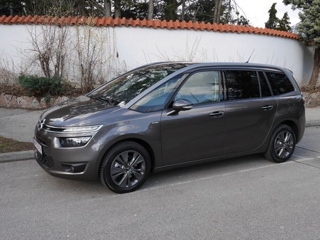 Citroen grand c4 picasso bluehdi 150 eat6 exclusive testbericht 019
