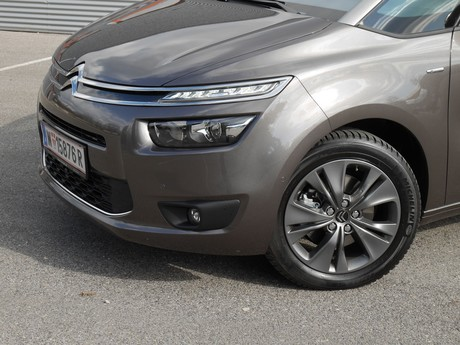 Citroen grand c4 picasso bluehdi 150 eat6 exclusive testbericht 025