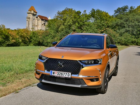 Ds 7 crossback be chic bluehdi 180 eat8 testbericht 001