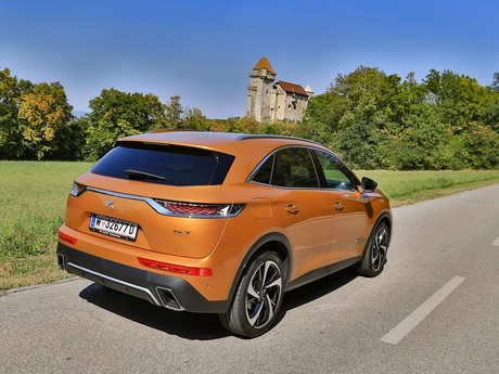 Ds 7 crossback be chic bluehdi 180 eat8 testbericht 002