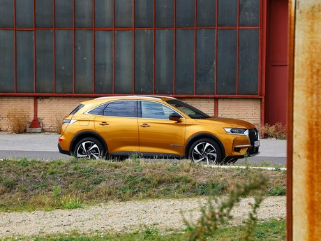 Ds 7 crossback be chic bluehdi 180 eat8 testbericht 003