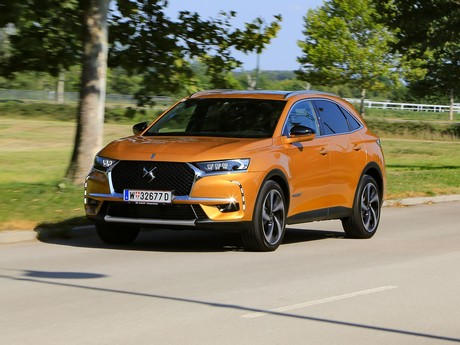 Ds 7 crossback be chic bluehdi 180 eat8 testbericht 011