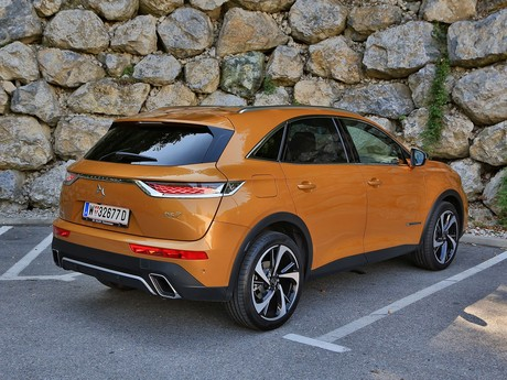 Ds 7 crossback be chic bluehdi 180 eat8 testbericht 013