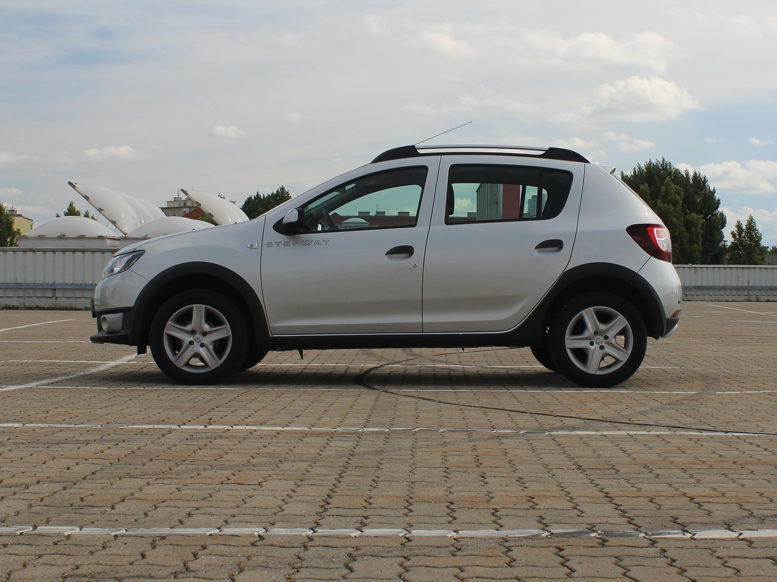 foto dacia sandero stepway tce 90 easy r vom artikel dacia sandero stepway im test. Black Bedroom Furniture Sets. Home Design Ideas