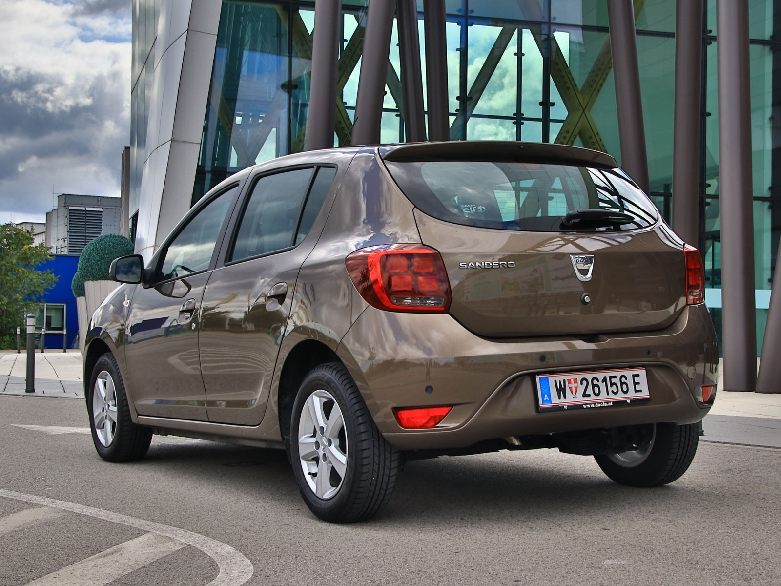 foto dacia sandero sce 75 supreme testbericht vom artikel dacia sandero facelift. Black Bedroom Furniture Sets. Home Design Ideas